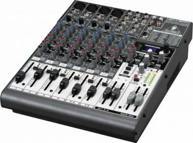 Mixer - Behringer Xenyx 1204 8 Channel